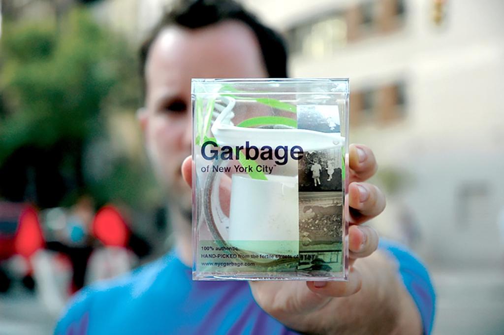 ニューヨークのゴミを入れたパッケージ